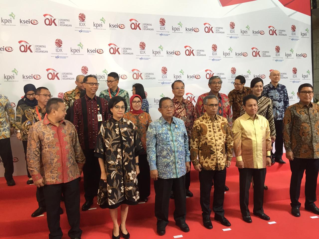 https: img-o.okeinfo.net content 2019 01 02 278 1998852 menteri-darmin-sanjung-kinerja-pasar-modal-indonesia-sepanjang-2018-ZW3jV3XBe4.png