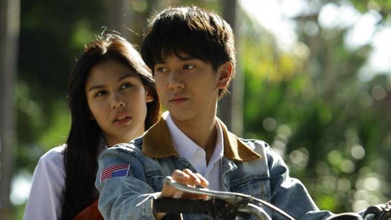 https: img-o.okeinfo.net content 2019 01 03 206 1999677 film-dilan-1991-bakal-tayang-di-februari-2019-iqKf17Ebpv.jpg