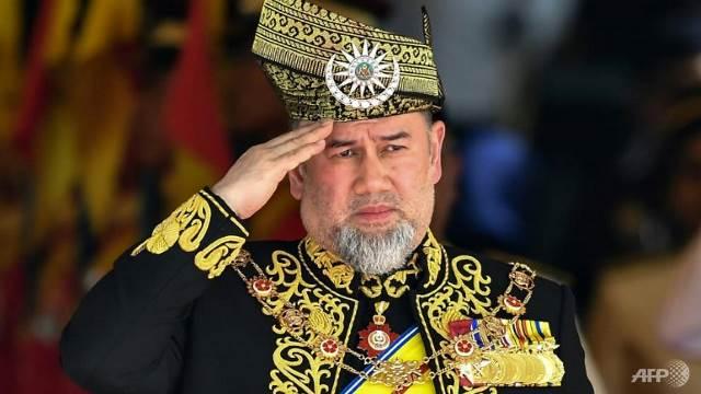 https: img-o.okeinfo.net content 2019 01 07 18 2000802 menikah-dengan-ratu-kecantikan-rusia-raja-malaysia-pilih-turun-tahta-F30VVdePvu.jpg