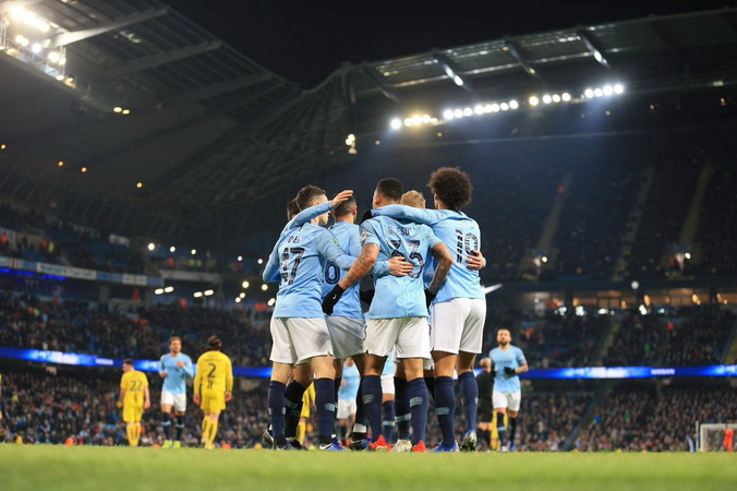 https: img-o.okeinfo.net content 2019 01 10 261 2002511 arsenal-atau-man-united-gantikan-posisi-man-city-di-liga-champions-huUvpNoFuO.jpg