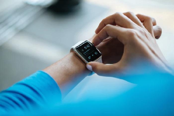 https: img-o.okeinfo.net content 2019 01 11 57 2003040 fokus-kesehatan-apple-tambah-fitur-pantau-glukosa-di-apple-watch-A10CQtfG2E.jpg