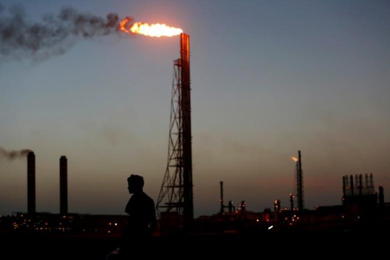 https: img-o.okeinfo.net content 2019 01 12 320 2003511 saham-sektor-energi-loyo-harga-minyak-dunia-ikut-turun-D1gLf7Sf9a.jpg