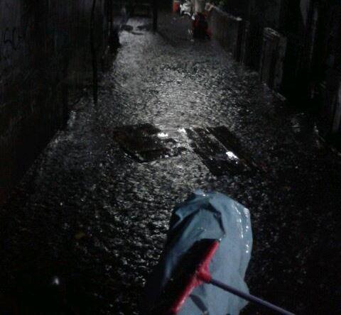 https: img-o.okeinfo.net content 2019 01 12 338 2003427 hujan-deras-sejumlah-wilayah-di-jakarta-barat-tergenang-9q9kCcsh4u.jpg