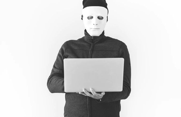 https: img-o.okeinfo.net content 2019 01 18 207 2006367 ini-cara-hacker-mengintip-ponsel-anda-dan-tips-mencegahnya-fe42Ua0YH6.jpg