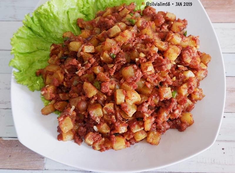 https: img-o.okeinfo.net content 2019 01 21 298 2007414 rekomendasi-menu-serba-tumis-untuk-sarapan-praktis-dan-lezat-HNMNwxNIof.jpg
