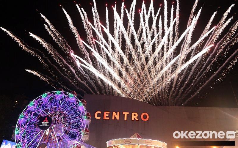 https: img-o.okeinfo.net content 2019 01 29 15 2010723 pesta-kembang-api-tutup-rangkaian-roadshow-xpander-tons-of-real-happiness-di-9-kota-indonesia-690GYgeiuI.jpg