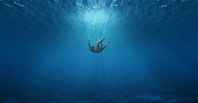 https: img-o.okeinfo.net content 2019 01 29 512 2011090 terjerat-jaring-di-tengah-laut-nelayan-muda-hilang-jAkAoh9l0F.jpg
