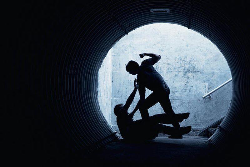https: img-o.okeinfo.net content 2019 02 01 244 2012333 aniaya-satpam-dolar-dihukum-4-bulan-penjara-YGHF9SySEl.jpg