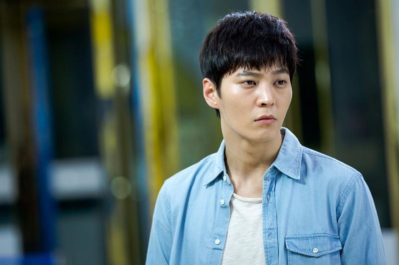 https: img-o.okeinfo.net content 2019 02 05 33 2013911 dapat-keringanan-10-hari-aktor-yong-pal-joo-won-lulus-wamil-daKaBWf5vu.jpg