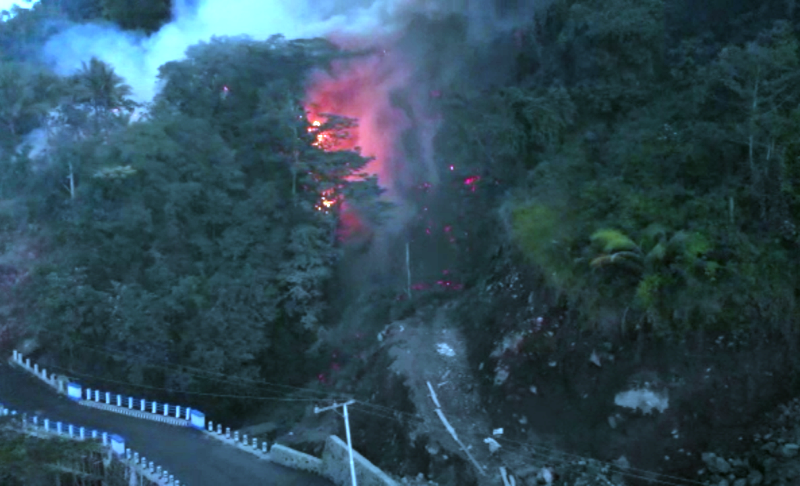 https: img-o.okeinfo.net content 2019 02 05 340 2014097 guguran-lava-gunung-karangetang-meluncur-ke-4-desa-ratusan-jiwa-mengungsi-ZbRu4Q5Yxc.png