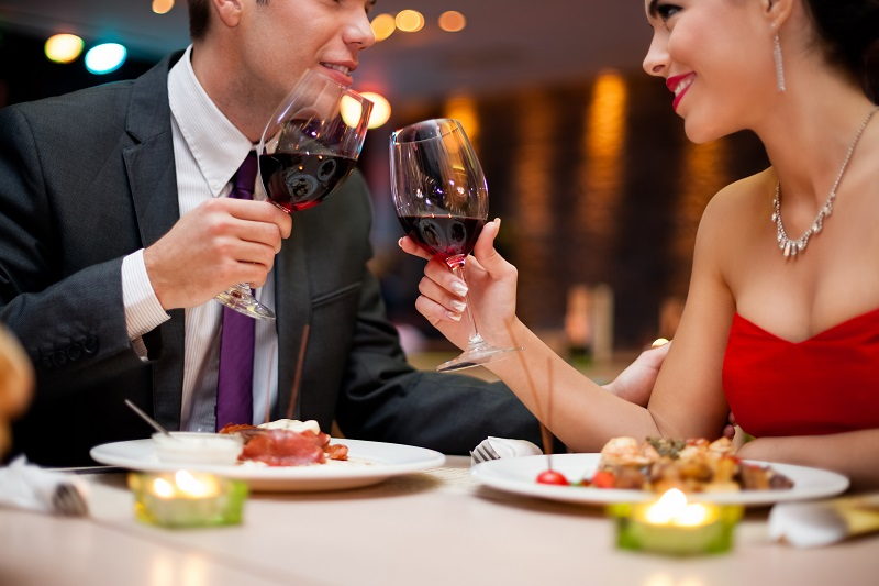 https: img-o.okeinfo.net content 2019 02 06 196 2014562 berdasarkan-zodiak-intip-tempat-kencan-favorit-pasanganmu-di-hari-valentine-HrEyR8oTv8.jpg