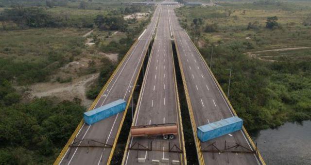 https: img-o.okeinfo.net content 2019 02 07 18 2015077 cegah-bantuan-kemanusiaan-tentara-venezuela-blokir-perbatasan-zhRycUxKzH.jpg