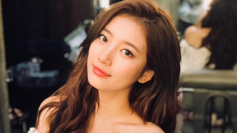 https: img-o.okeinfo.net content 2019 02 07 194 2015066 twice-hingga-yoona-snsd-idol-kpop-tercantik-versi-awak-media-korsel-ZP3i52TP0f.jpg