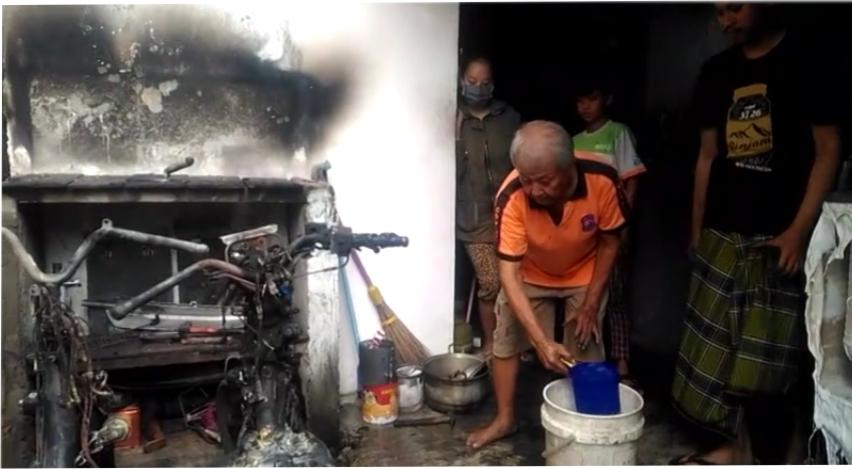 https: img-o.okeinfo.net content 2019 02 07 337 2014847 densus-88-dikerahkan-usut-pembakaran-kendaraan-di-jawa-tengah-oNgcuso0ki.jpg