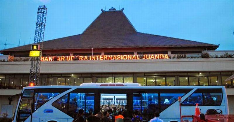 https: img-o.okeinfo.net content 2019 02 07 519 2014734 bandara-juanda-surabaya-ditutup-sementara-akibat-landasan-pacu-rusak-UiCOuRAZGl.jpg