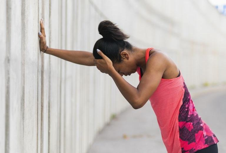 https: img-o.okeinfo.net content 2019 02 08 481 2015483 sakit-kepala-saat-berolahraga-ini-penyebabnya-3ZbnbPXw0K.jpg