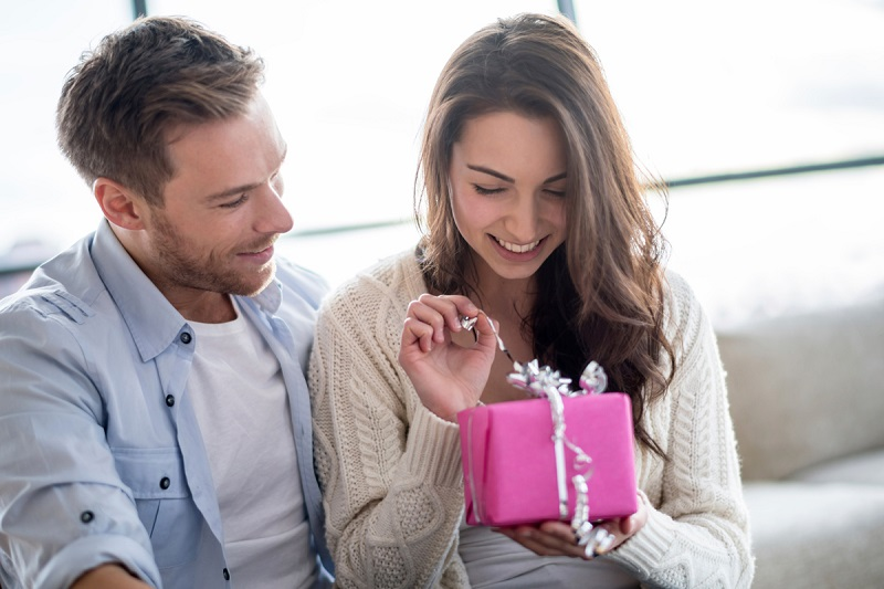 https: img-o.okeinfo.net content 2019 02 09 196 2015785 ramalan-cinta-hari-valentine-ini-3-zodiak-yang-bakal-beruntung-hf0xob4meV.jpg