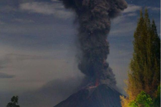 https: img-o.okeinfo.net content 2019 02 09 608 2015697 gunung-sinabung-gempa-berkali-kali-statusnya-masih-awas-3k59oNbdFY.jpeg