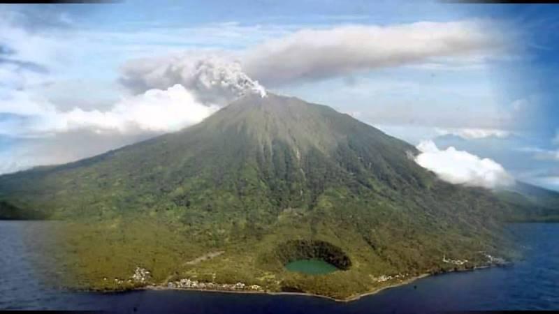 https: img-o.okeinfo.net content 2019 02 11 337 2016261 gunung-karangetang-alami-66-kali-gempa-ini-rekomendasi-pvmbg-dlK5yd4Ksl.jpg