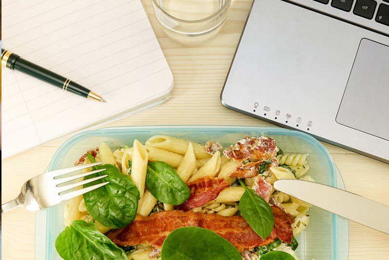 https: img-o.okeinfo.net content 2019 02 11 481 2016491 selain-menolak-makan-3-gangguan-makan-ini-bisa-bikin-obesitas-YeEvHJ5lgU.jpg