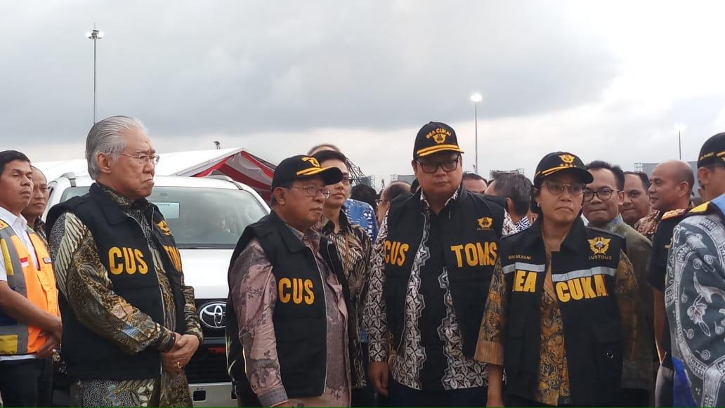https: img-o.okeinfo.net content 2019 02 12 320 2017058 mimpi-sri-mulyani-indonesia-jadi-eksportir-kendaraan-terbesar-ke-12-di-dunia-GETRoFUng4.jpg
