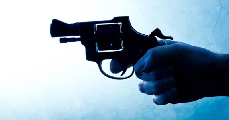 https: img-o.okeinfo.net content 2019 02 12 340 2016842 polisi-di-jambi-tewas-diduga-tertembak-rekannya-saat-peragaan-bongkar-pasang-senjata-ZphUZ4S9dB.jpg