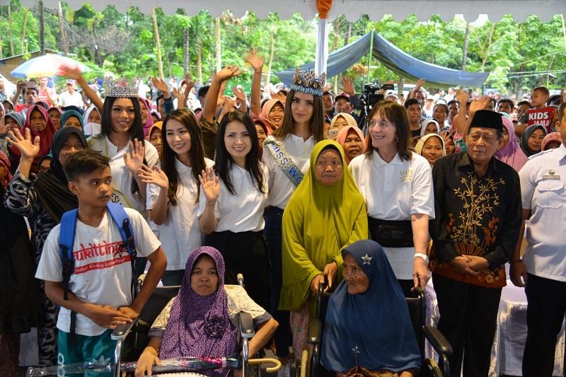 https: img-o.okeinfo.net content 2019 02 13 194 2017407 miss-indonesia-2018-dan-miss-world-2018-sambangi-korban-gempa-lombok-lNYPU1ZHTt.jpg