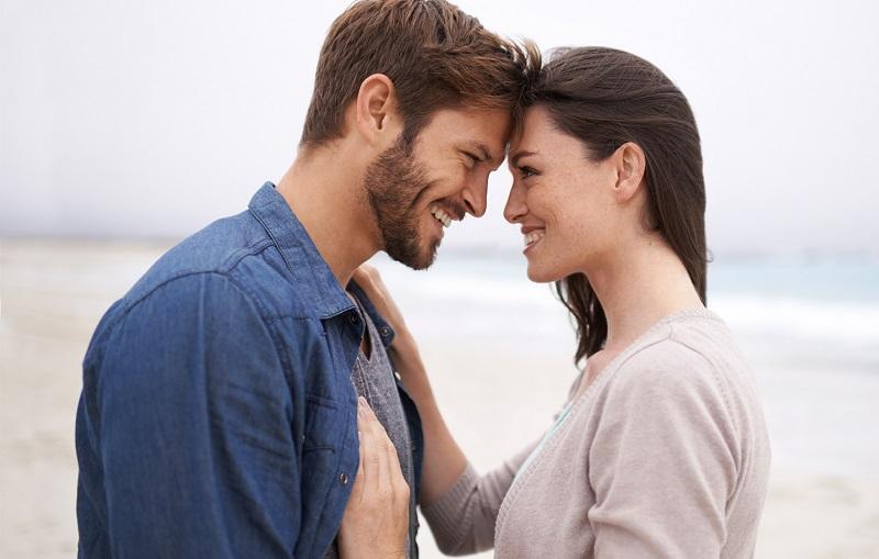 https: img-o.okeinfo.net content 2019 02 13 196 2017424 4-hal-dari-perempuan-yang-bikin-pria-mudah-jatuh-cinta-U0k96N57NM.jpg