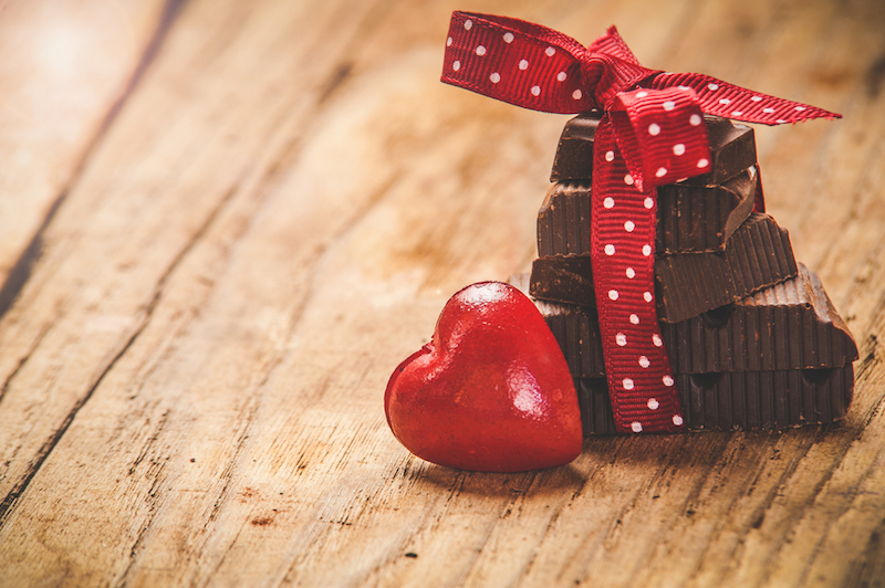 https: img-o.okeinfo.net content 2019 02 14 196 2017779 viral-valentine-bukan-budaya-kita-jawaban-netizen-bikin-sakit-perut-3m53k5jeI9.jpg