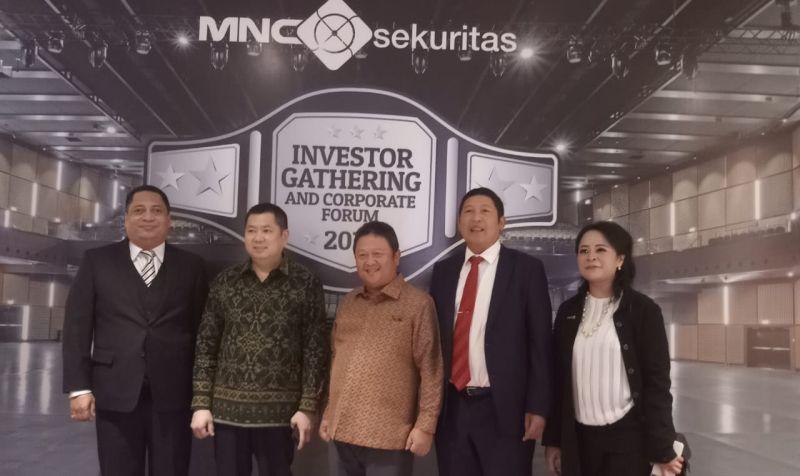 https: img-o.okeinfo.net content 2019 02 14 278 2017812 hary-tanoe-dorong-mnc-sekuritas-ikut-majukan-pasar-modal-indonesia-EsS4sNT77R.jpg