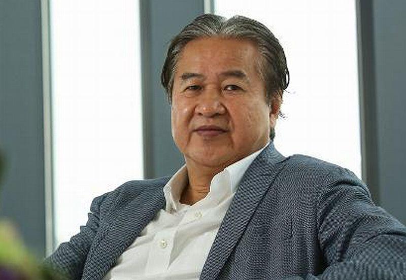 https: img-o.okeinfo.net content 2019 02 14 320 2018018 gara-gara-iphone-orang-terkaya-hong-kong-ini-kehilangan-rp89-triliun-kxPhyo3wqY.jpg