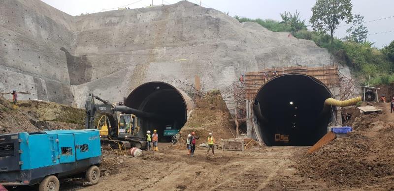 https: img-o.okeinfo.net content 2019 02 20 337 2020441 jokowi-pamer-terowongan-nanjung-untuk-perlancar-aliran-sungai-citarum-jabar-FovCblEq7o.jfif