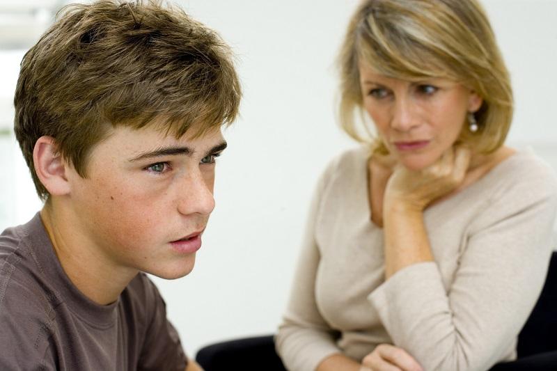 https: img-o.okeinfo.net content 2019 02 26 196 2023188 anak-remaja-mulai-membantah-ini-langkah-yang-harus-diambil-orangtua-w3wGRgL1cY.jpg