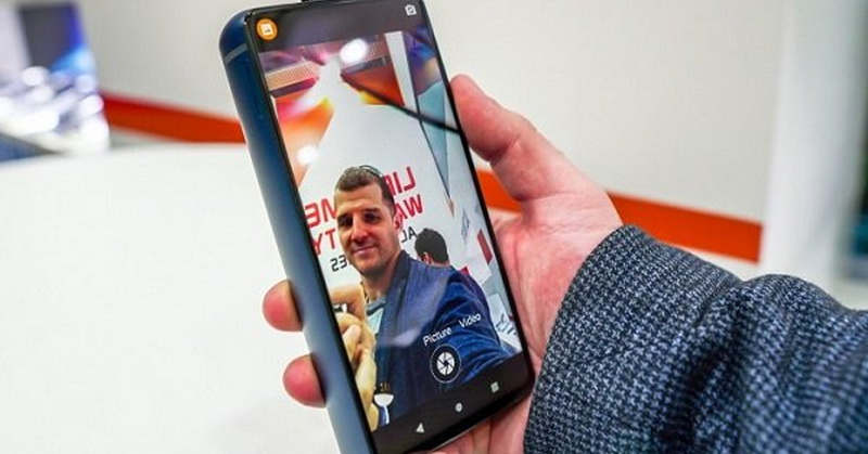https: img-o.okeinfo.net content 2019 02 27 57 2023522 smartphone-ini-bisa-nyala-50-hari-tanpa-di-charge-kok-bisa-Ji4wfSDAsS.jpg