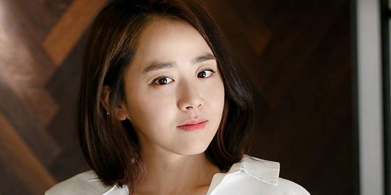 https: img-o.okeinfo.net content 2019 02 27 598 2023497 pulih-dari-sakit-moon-geun-young-siap-comeback-ke-layar-kaca-su9Cq0J2n8.jpg