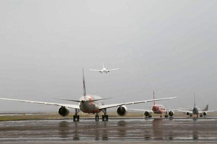 https: img-o.okeinfo.net content 2019 02 28 244 2023999 bandara-ngurah-rai-tutup-24-jam-saat-nyepi-468-penerbangan-tak-beroperasi-0je4YN8t0X.jpg