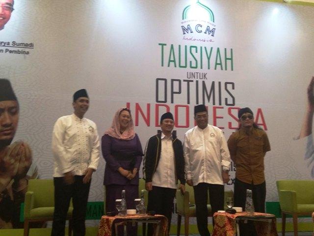 https: img-o.okeinfo.net content 2019 02 28 337 2024179 ribuan-jamaah-padati-tausiah-optimis-indonesia-maju-bPs2zOoddQ.jpg
