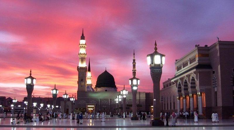 https: img-o.okeinfo.net content 2019 03 05 406 2025974 8-fakta-unik-masjid-nabawi-punya-makan-kosong-di-dalamnya-loh-av8D4CB52U.jpg