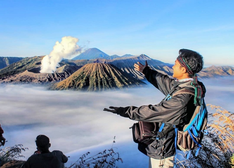 https: img-o.okeinfo.net content 2019 03 05 406 2026239 hari-raya-nyepi-wisata-gunung-bromo-bakal-ditutup-total-qOOqsHlw9m.jpg