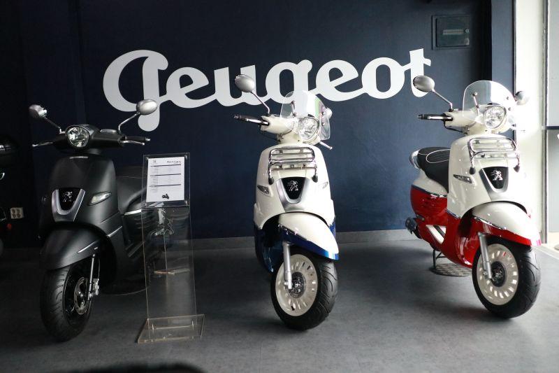 https: img-o.okeinfo.net content 2019 03 06 15 2026619 kembangkan-jaringan-diler-peugeot-motorcycles-gaet-peluang-partnership-di-indonesia-xwPAPLj1Ax.jpg