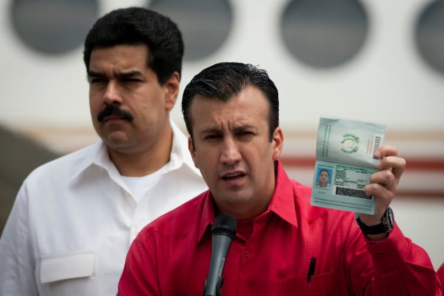 https: img-o.okeinfo.net content 2019 03 09 18 2027887 mantan-wakil-presiden-venezuela-dituduh-membantu-penyelundupan-narkoba-uXZhODvPN5.jpg