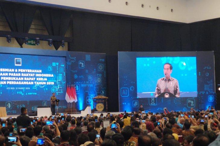 https: img-o.okeinfo.net content 2019 03 12 320 2028848 presiden-jokowi-pasar-itu-harus-nyaman-dan-bersih-veY4W5FDxU.jpg