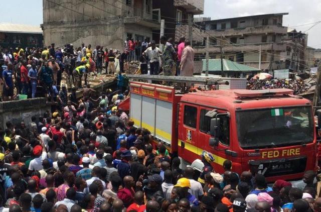https: img-o.okeinfo.net content 2019 03 13 18 2029603 gedung-sekolah-runtuh-di-lagos-puluhan-siswa-terjebak-di-antara-puing-TkJLJGKeqf.jpg