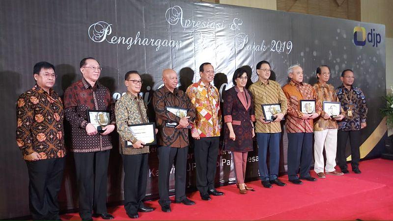 https: img-o.okeinfo.net content 2019 03 13 20 2029617 ketika-sri-mulyani-kumpul-bareng-crazy-rich-indonesia-X6i2ygaTpm.jpg