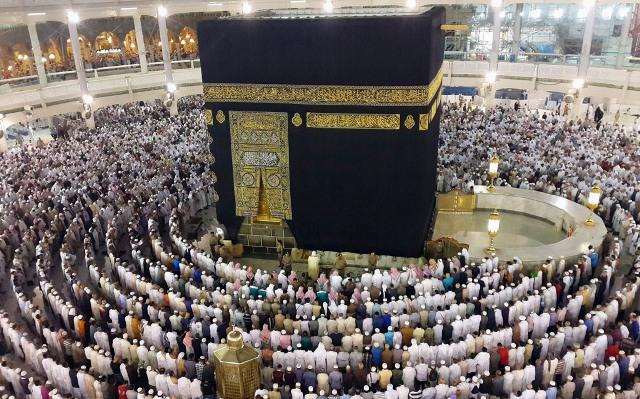 https: img-o.okeinfo.net content 2019 03 14 18 2029868 jamaah-melewati-batas-tinggal-arab-saudi-larang-4-biro-travel-umrah-beroperasi-gDX3nqkRxn.jpg