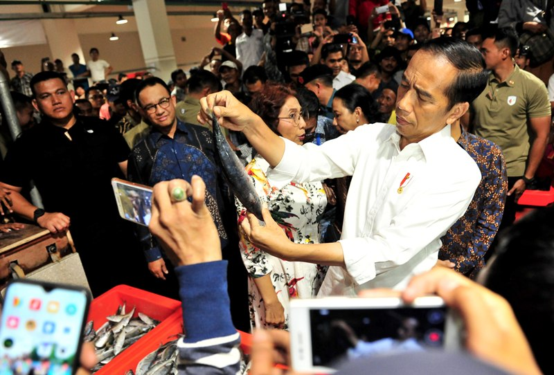 https: img-o.okeinfo.net content 2019 03 14 320 2029781 presiden-jokowi-pasar-ikan-muara-baru-akan-jadi-contoh-di-provinsi-lain-loVTxCRnhQ.jpg