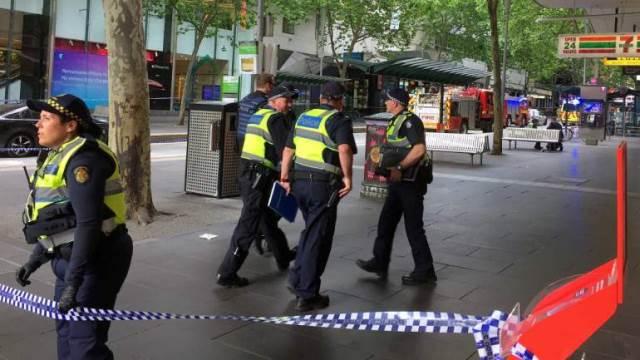 https: img-o.okeinfo.net content 2019 03 15 18 2030389 polisi-temukan-2-bom-di-mobil-pelaku-penembakan-masjid-di-selandia-baru-kFH8Vqxmc1.jpg