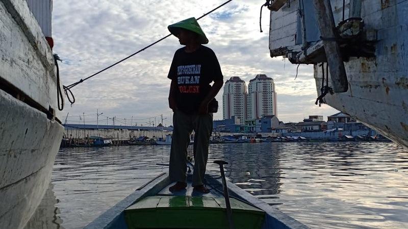 https: img-o.okeinfo.net content 2019 03 16 337 2030802 mereka-yang-menaruh-harapan-di-pelabuhan-sunda-kelapa-ti4ESRooOL.jpg