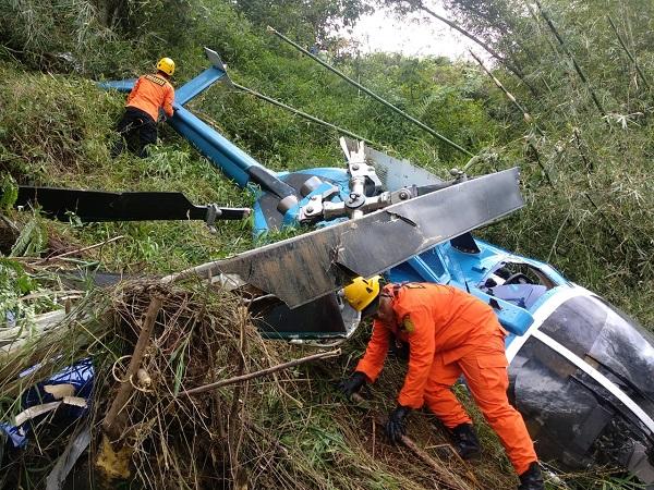https: img-o.okeinfo.net content 2019 03 16 525 2030901 helikopter-jatuh-di-tasikmalaya-anggota-dpr-fraksi-ppp-selamat-dari-maut-eK3aAxKTQc.jpg