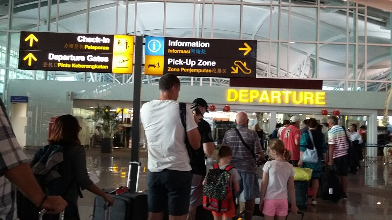 https: img-o.okeinfo.net content 2019 03 17 340 2031186 penumpang-di-bandara-wamena-melonjak-pasca-banjir-sentani-x4spb3dOzm.jpg
